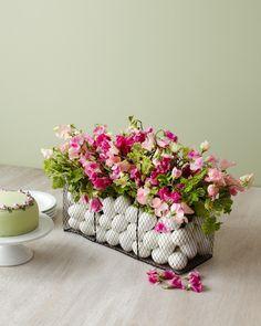 Easter centerpiece DIY | Kiana Underwood | tulipina.com