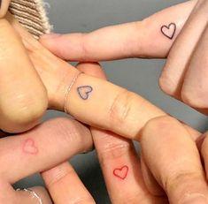Tiny Tattoos For Girls, Cute Tiny Tattoos, Dainty Tattoos, Pretty Tattoos, Cute Matching Tattoos, Small Bff Tattoos, Small Tattoos On Finger, Small Henna Tattoos, Random Tattoos