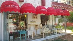 Sedef Sanat is is Konyaalti, Antalya, Turkey Vintage Country, French Country, Annie Sloan Stockists, Antalya, Annie Sloan Chalk Paint, Sweet Home, Table Decorations, Creative, Outdoor Decor