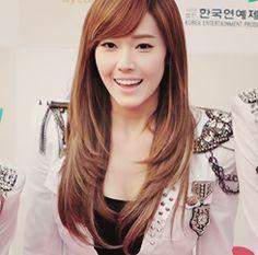 Jessica Jung - Perfectly Beautiful SNSD Girls' Generation Snsd, Seohyun, Beats Studio, Krystal Jung, Meet Singles, Jessica Jung, Korean Star, Korean Artist, Girls Generation