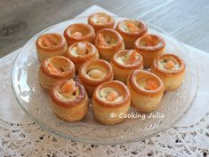 At the holidays, we often look for quick recipes for aperitif … - Recipes Easy & Healthy Quick Recipes, Easy Healthy Recipes, Easy Meals, Recipes Appetizers And Snacks, Desserts, Vol Au Vent, Mini Burgers, Cooking Chef, Brunch