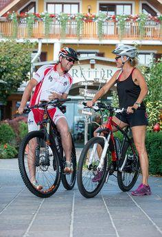 Bewegung und Sport am Pöllauberg #Radfahren #Sport #hotelretter #pöllauberg Fitness, Restaurant, Athlete, Biking, Restaurants, Health Fitness, Dining Rooms, Rogue Fitness, Gymnastics