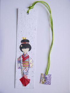 a Mi me Gusta el Papel: Marcapáginas Paper Doll Craft, Doll Crafts, Paper Dolls, Japanese Origami, Japanese Paper, Japanese Doll, Kokeshi Tattoo, Gato Origami, Origami Cards