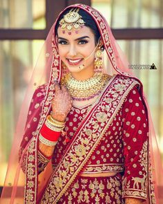 55 Best Maang Tikka Designs images   Tikka designs, Latest maang tikka designs, Indian bridal ...