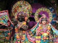 http://harekrishnawallpapers.com/sri-sri-radha-kalachanda-close-up-iskcon-dallas-wallpaper-002/