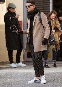 冬の全身黒スタイル、さらにお洒落に見える手とは? | ファッションスナップ(メンズ) | LEON.JP