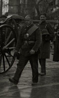 1923. Guardia rural de Donostia-San Sebastián. Cannon, Guns, Safety, Weapons Guns, Revolvers, Weapons, Rifles, Firearms