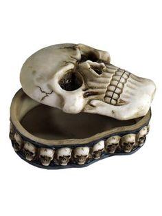 Skull trinket box ~ Grindstore.com