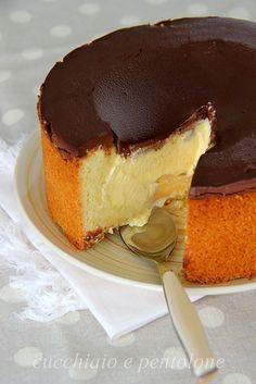 Torta Susanna di Parma... crostata golosissima con un morbido ripieno e una spessa copertina di cioccolato...