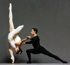 Katia Carranza & Renato Penteado in Symphony in C by Miami City Ballet Shall We Dance, Lets Dance, Hip Hop, City Ballet, Dance Like No One Is Watching, Dance Movement, Dance Class, Dance Photos, Ballet Photos