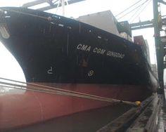 Fatos e Fotos: Fotos de Navios no Porto de Santos