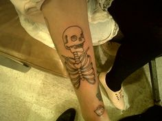 another skeleton tattoo i saw that i just love <3