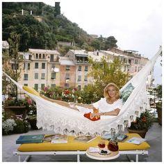 La dolce vita as captured by Slim Aarons.  portofino italy vintage photos - Google Search