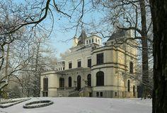 Castle 'Tivoli' at Mechelen (Belgium) by Mark Billiau.