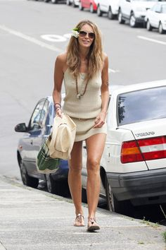 Elle MacPherson looking casual and boho. What a babe.