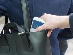 Wir zeigen, wie Sie einen Smartphone-Diebstahl verhindern können und im Ernstfall richtig reagieren.