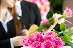 Funeral Etiquette Guidelines  Funeral Etiquette Overview  No one is born knowing how to behave at a funeral, and few of us are given regular opportunities to practice and brush up on our skills.
