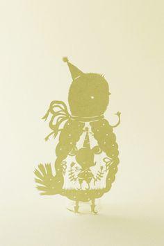 Paper art by Elsa Mora.  http://elsita.typepad.com/allaboutpapercutting/animals/