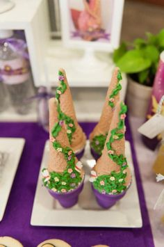 Rapunzel + Tangled themed birthday party with So Many Cute Ideas via Kara's Party Ideas Rapunzel Birthday Party, Tangled Party, Disney Princess Party, Birthday Fun, Birthday Party Themes, Baby Princess, Party Box, Party Time, Rapunzel Disney