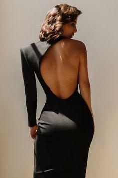 Midi Dress With Sleeves, Black Midi Dress, Black Bodycon Dress Outfit, One Sleeve Dress, Fitted Midi Dress, Dupioni Silk Fabric, Classy Dress, Star Wars, Cute Outfits