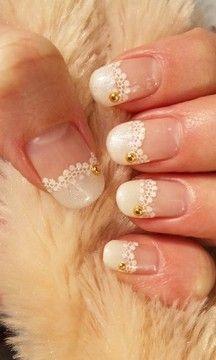 Nail Art // Lace Mani. #Nail #art #mani #nails #lace #dentelle #diamonte #feminine #fashion