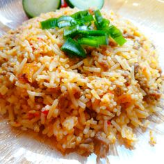 Very delicious and worth a try! Asian Foods, Asian Recipes, Ethnic Recipes, Fried Rice, Fries, Beef, Meat, Nasi Goreng, Stir Fry Rice