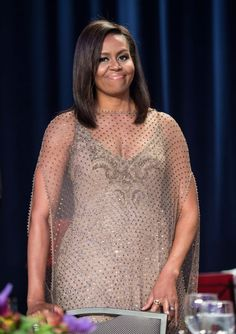 awesome Michelle Obama gibt Voll Glam in Givenchy Couture bei 2016 Weiß House Correspondents 'Dinner