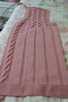 upper-screw-vest – hatice – Join in the world of pin Pullover Design, Sweater Design, Crochet Baby Pants, Crochet Top, Aviators Women, Baby Knitting Patterns, Vintage Skirt, Outerwear Women, Kind Mode