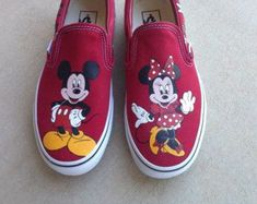 Custom Hand Painted Shoes - Minnie and Mickey Mouse Evolution Painted Canvas Shoes, Painted Sneakers, Hand Painted Shoes, Painted Vans, Cute Disney Outfits, Disney Inspired Outfits, On Shoes, Me Too Shoes, Mickey Mouse Shoes