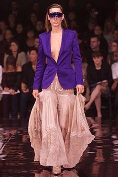 Stella McCartney Spring 2002 Ready-to-Wear Fashion Show - Natasa Vojnovic (Elite), Stella McCartney