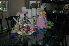 Images Of Dining Room Table Centerpieces   http://thebestinterior.com/2977-images-of-dining-room-table-centerpieces