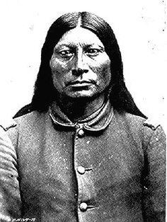 Native American National Archive Sharp Nose (Ta-qua-wi), a Northern Arapaho chief; bust-length, full-face, wearing U. Native American Photos, Native American History, Native American Indians, Native Americans, Sioux, Cherokee, Nebraska, Wyoming, Colorado