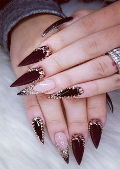 38 Creative Acrylic Nail Designs With Amazing Images Part 11 ; acrylic nails coffin 38 Creative Acrylic Nail Designs With Amazing Images Part 11 ; Acrylic Nail Shapes, Long Acrylic Nails, Acrylic Nail Art, Acrylic Nail Designs, Fabulous Nails, Perfect Nails, Gorgeous Nails, Bling Nails, Stiletto Nails