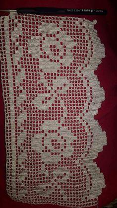 Battaniyeler - Salvabrani Filet Crochet, Crochet Round, Love Crochet, Knit Crochet, Crochet Doily Patterns, Basic Crochet Stitches, Crochet Doilies, Crochet Books, Diy And Crafts