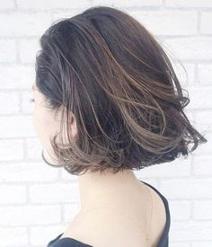 blunt messy bob... Pretty and lively!!