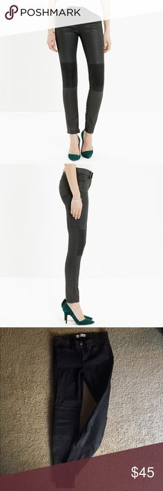 Madewell Skinny Skinny moto jeans - size 27 Madewell Skinny Skinny moto jeans - size 27. These are mid rise and the back is slightly higher than the front. Super stretchy madewell fabric. Sorry for my bad lighting pics - the jeans are a very dark gray / faded black. Madewell Jeans Skinny