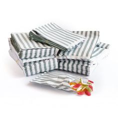 200 x SILVER CANDY STRIPE PAPER BAGS - SWEET FAVOUR BUFFET BAG - 5x7 INCHES: Amazon.co.uk: Kitchen & Home