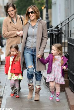 Sarah Jessica Parker goes for a stylish stroll with Loretta and Tabitha in NYC