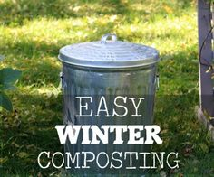 in Winter in a Cold Climate Easy Winter Composting - a smart, time-saving method Indoor Vegetable Gardening, Garden Compost, Organic Gardening Tips, Gardening Hacks, Organic Farming, Compost Soil, Veggie Gardens, Herb Gardening, Urban Gardening
