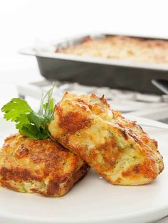 """The Thermomix Zucchini slice is my favourite """"go to"""" recipe. Whenever I'm looking for a quick, healthy meal to serve I fall back on this delicious dish. Quick Healthy Meals, Healthy Recipes, Healthy Cooking, Lunch Recipes, Gourmet Recipes, Cooking Recipes, Vegetarian Recipes Thermomix, Blender Recipes, Cooking Videos"""
