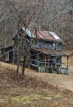 (Old Mountain Farm House) Same here, the tin roof looks as if the house is…