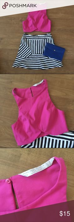 Zara Trafaluc Crop Top Zara Trafaluc Hot Pink Crop Top with Scalloped hem. Never worn but tags are removed. Invisible zipper at left side seam and button closure at center back. Zara Tops Crop Tops