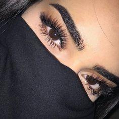 Eyelash Extensions Salons Near Me Makeup Goals, Makeup Inspo, Makeup Inspiration, Makeup Tips, Beauty Makeup, Eyebrows Goals, Eyelash Extensions Styles, Pretty Makeup, Skin Makeup