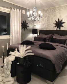 Black Bedroom Decor, Room Ideas Bedroom, Small Room Bedroom, Home Decor Bedroom, Glam Bedroom, Bedroom Colors, Aesthetic Bedroom, Dream Rooms, Luxurious Bedrooms