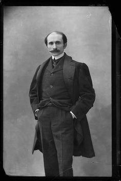 Edmond Rostand. Écrivain et poète. Auteur de Cyrano de Bergerac. Photo de Nadar, 1898.