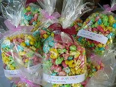 Marcellina in Cucina: It's the School Fete Party Fair, Colored Popcorn, Market Day Ideas, Kids Market, Lolly Bags, Fete Ideas, Cake Stall, Office Christmas Decorations, School Fair