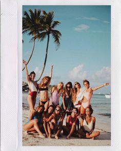T h e b a c h e l o r e t t e hawaii pictures, summer pictures, beach pictures, best bud, best Photos Bff, Bff Pictures, Best Friend Pictures, Summer Pictures, Beach Pictures, Punta Cana Pictures, Hawaii Pictures, Polaroid Pictures, Insta Pictures