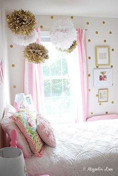 Girl's Room in Pink/White/Gold Decor! Girl's Room in Pink/White/Gold Decor! Pink Bedrooms, Teen Girl Bedrooms, Kids Bedroom, Bedroom Decor, Pink Gold Bedroom, Bedroom Furniture, Pink Room, Small Bedrooms, Bedroom Wall