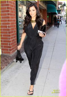 Kim Kardashian gets a manicure and pedicure at the Beverly Hills Nail Design on Thursday (July in Beverly Hills, Calif. Kim K Style, My Style, Kim Kardashian, Black Jumper, Curvy, Rompers, Style Inspiration, Celebrities, How To Wear
