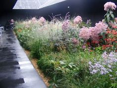 """Peter Zumthor's """"Hortus Conclusus"""" Pavilion at Serpentine Gallery, London, 2011"""